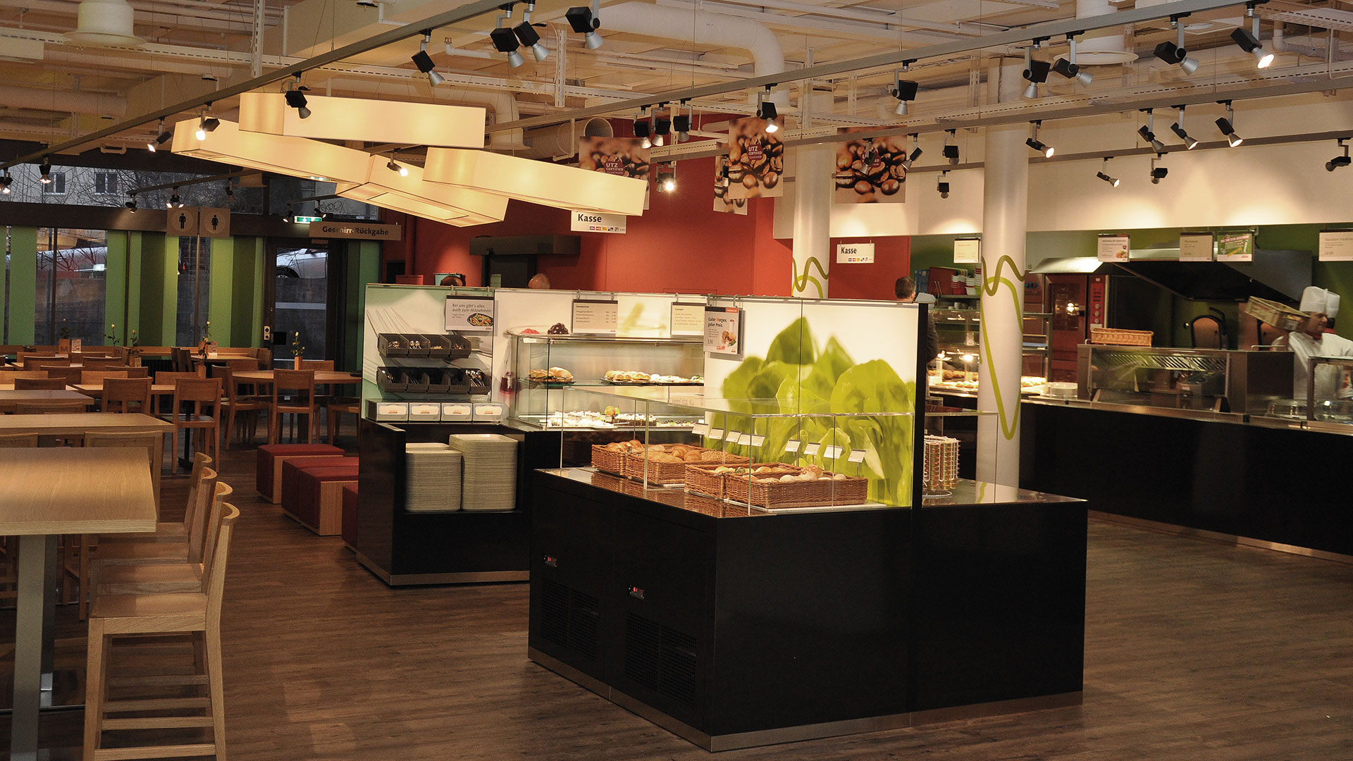 artomis gmbh  möbel - gastro - einrichtungen  Migros Restaurant